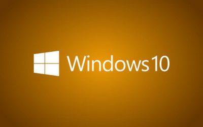 Логотип windows 10 на оранжевом фоне